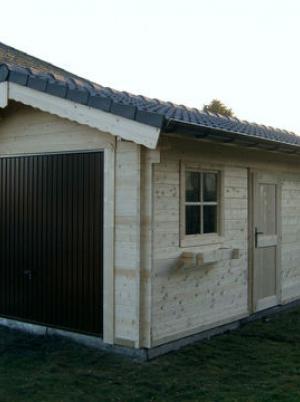Garage en carport in hout met zadeldak