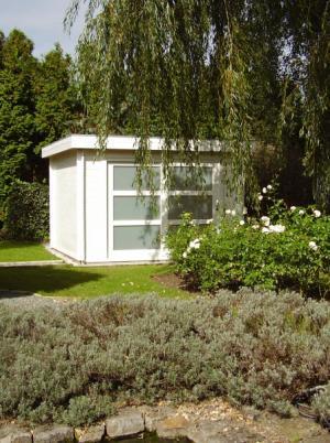 tuinhuis plat dak met schuifdeur